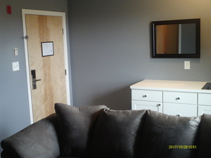 King Suite Photo 11